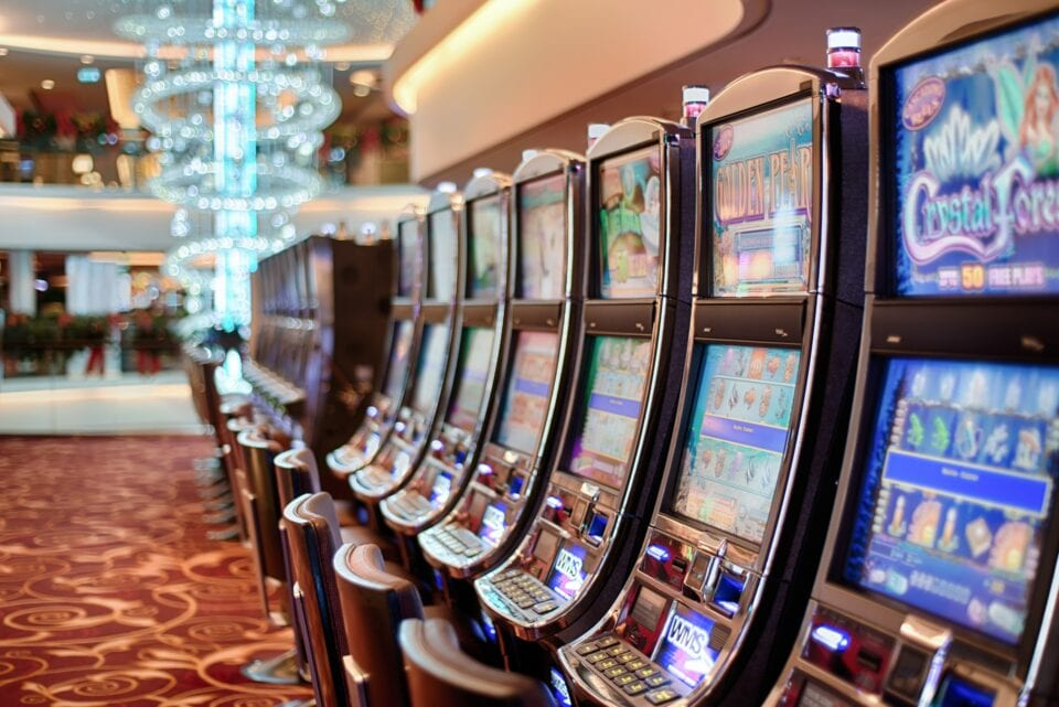 How to find slot machines in vegas